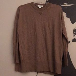 Brown slightly over sized sweater.
